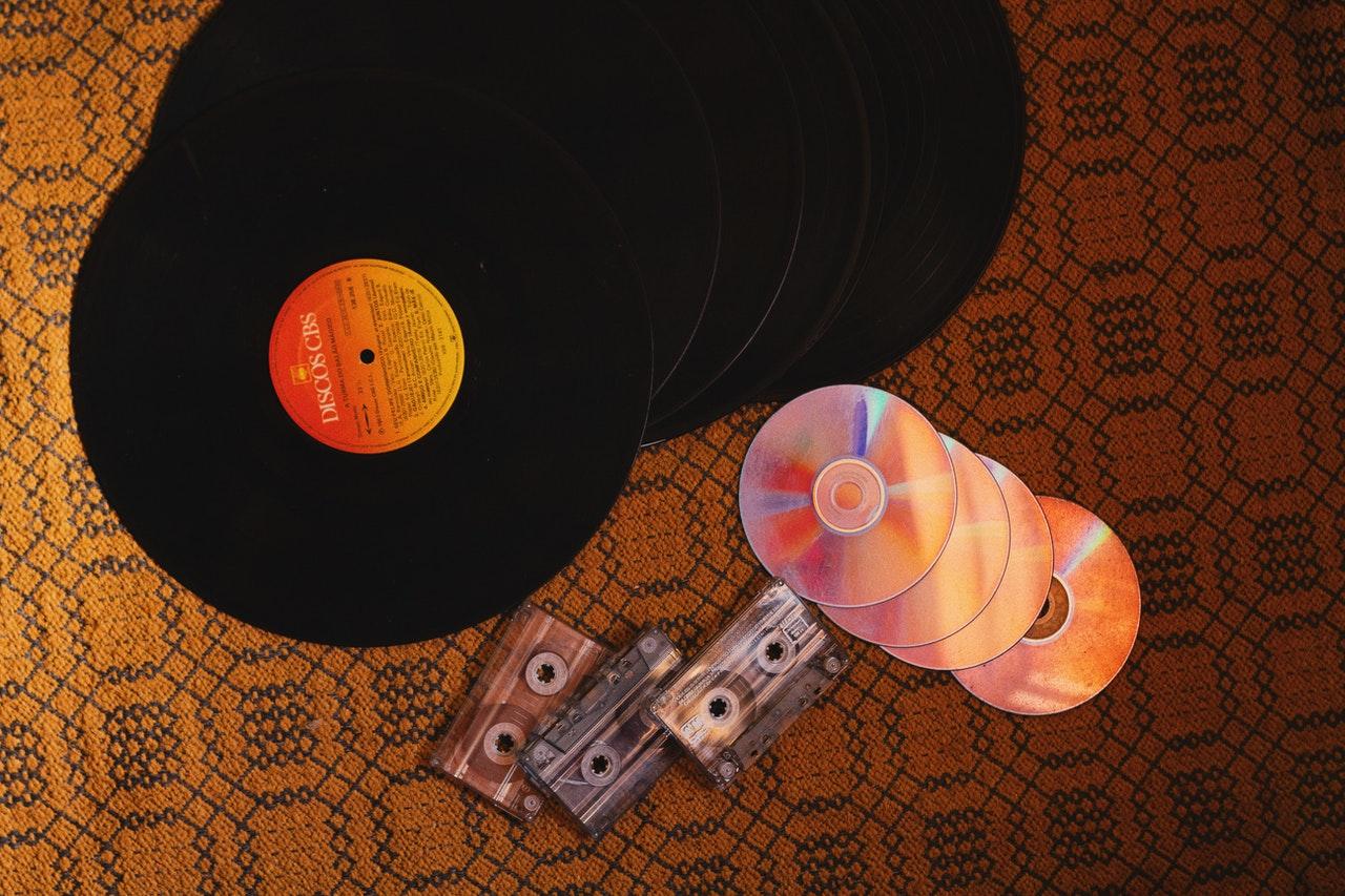 DVD, LP und Kassette